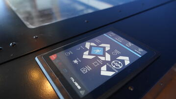 Auto Focus Touch Screen